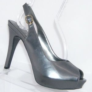 Nine West Donall gray peep toe slingback heel 6.5M